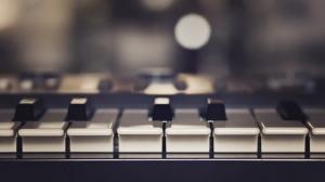 free-piano-backgrounds-download-desktop